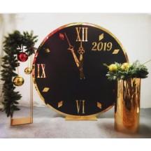 Новорічна фотозона Чорний годинник